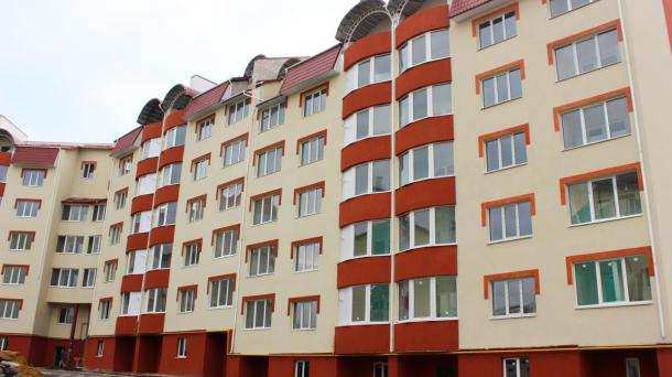 New building in Bukovinska
